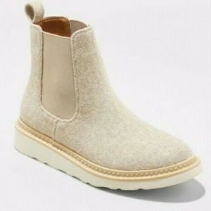 Universal Threads Wool Chelsea Boots